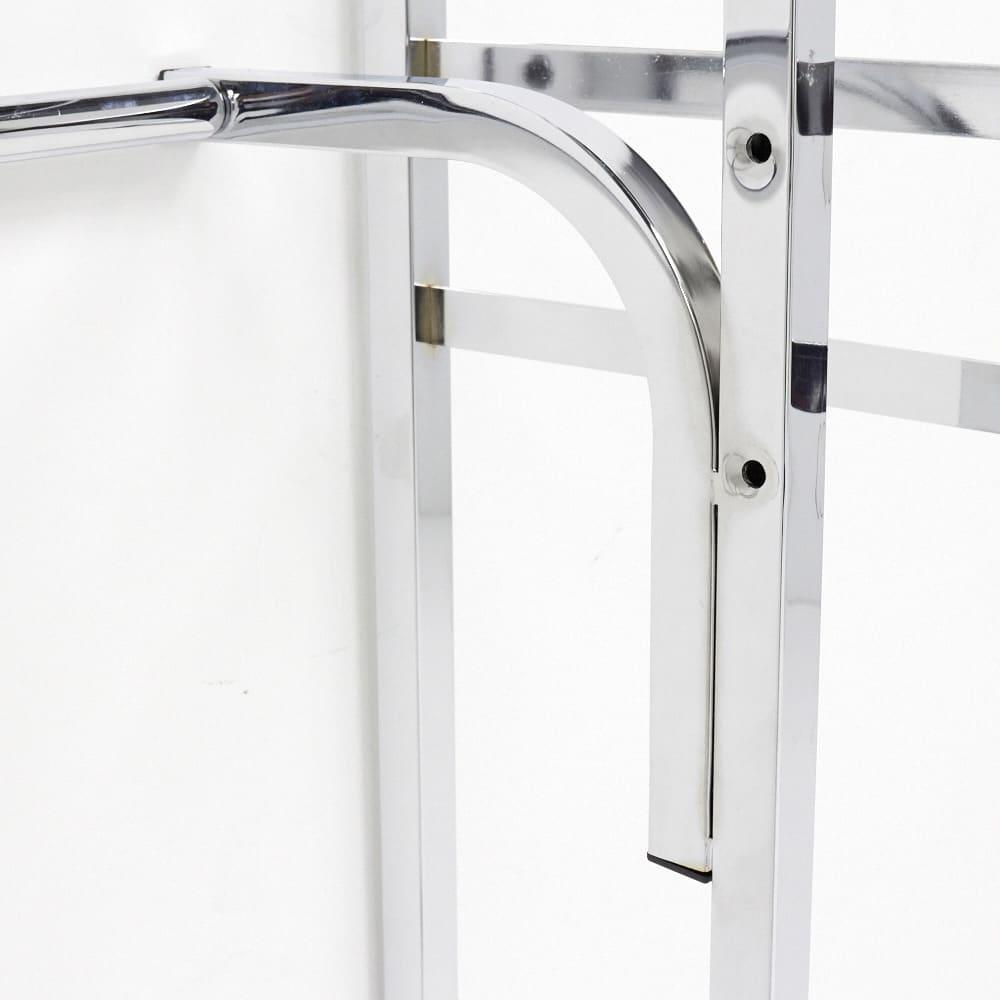 Varie(バリエ) クローゼットハンガーラック 幅120cm~200cm対応 下段ハンガーの位置は、掛ける衣類に合わせて調整できます。上下2段掛けハンガーとしてもお使いいただけます。