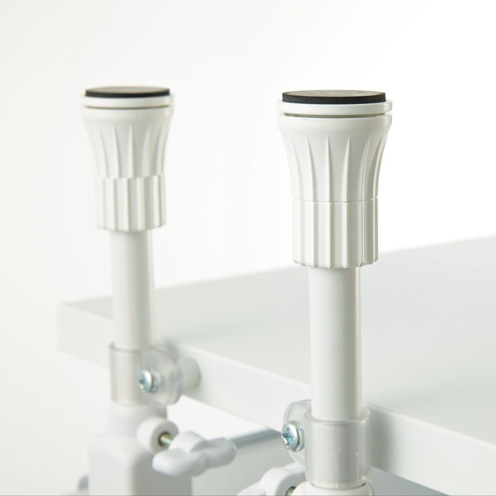 Struty(ストラティ) ラックシリーズ ラック7段・幅100cm 突っ張り部分は上下のダブルロック式で、本体をしっかり固定させることができる仕様です。