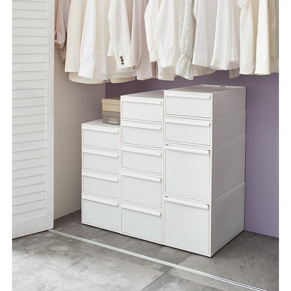 Carre/カレ ホワイトシステム衣類収納 中身が見えないのですっきり収まります。