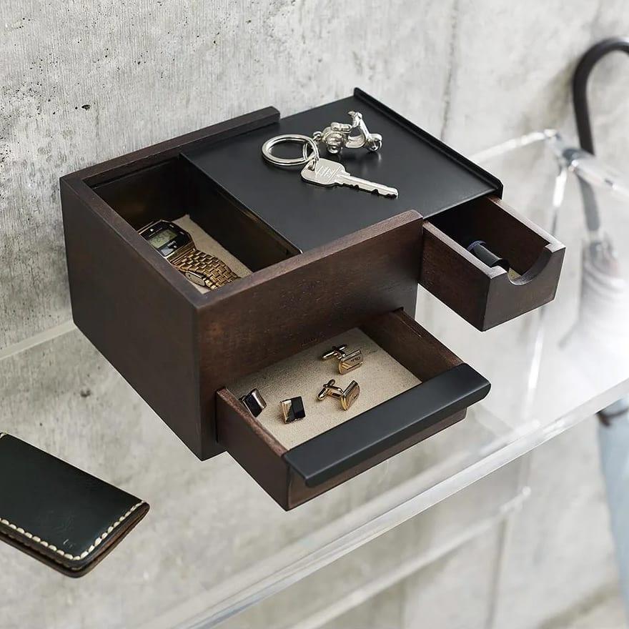 STOWIT JEWELRY/ストウイット ジュエリー ジュエリーボックス Sサイズ[umbra・アンブラ] Sサイズは奥行きもコンパクト。玄関の奥行きの浅い棚にもすっぽり収まり、ジュエリーだけでなくカギなどの小物を置いても。
