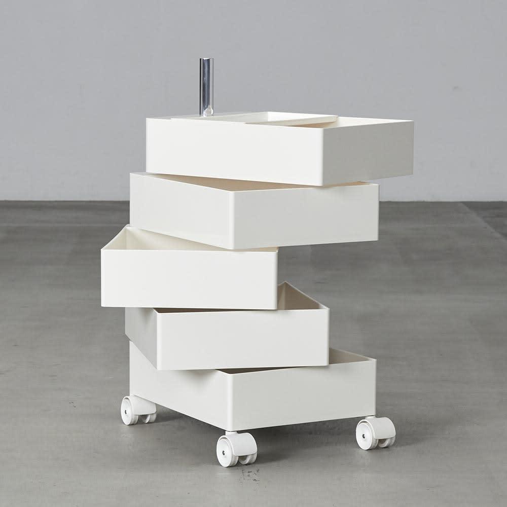 MAGIS/マジス  360°コンテナ 5段(高さ72cm) 開けてご使用いただく際は収納物の重さのバランス等にご注意ください。