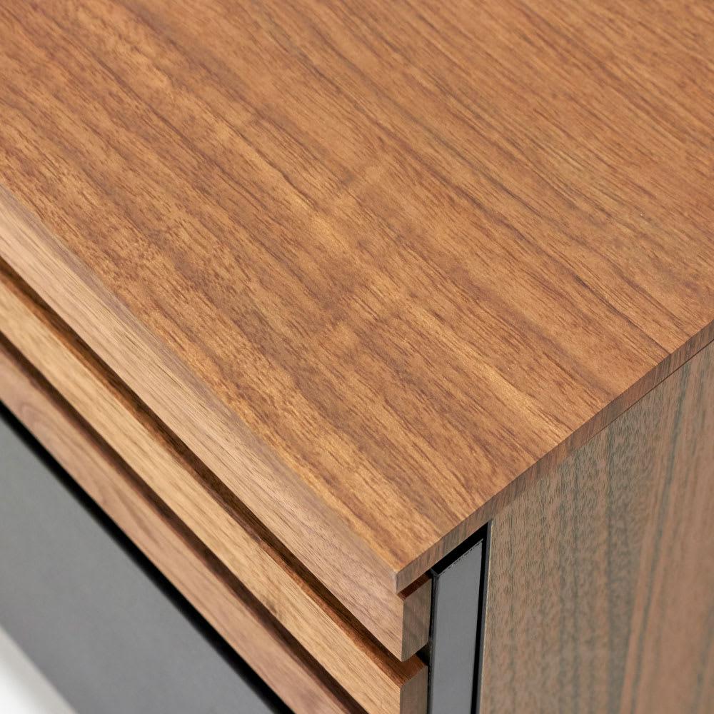AlusStyle/アルススタイル リビングシリーズ テレビ台 幅150.5cm 天板はウォルナットの木目柄をリアルに再現した表面材を使用しています。