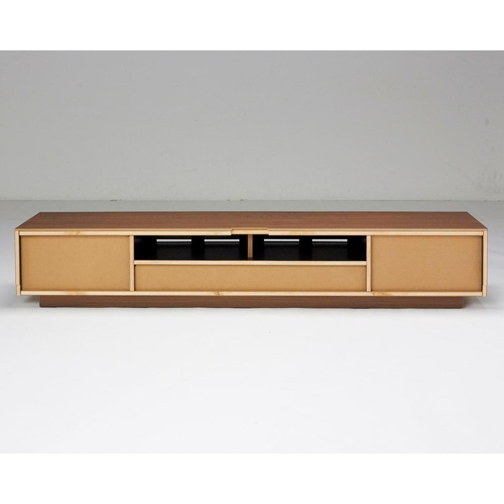 AlusStyle/アルススタイル  リビングシリーズ テレビ台 幅200.5cm 背面は、配線処理がしやすいように開口部を大きく設計しました。