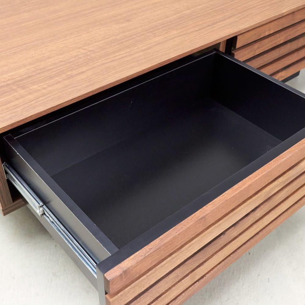AlusStyle/アルススタイル リビングシリーズ リビングテーブル 幅110.5cm 引出の内装材もシックなブラックカラーで高級感あふれる仕上がり。