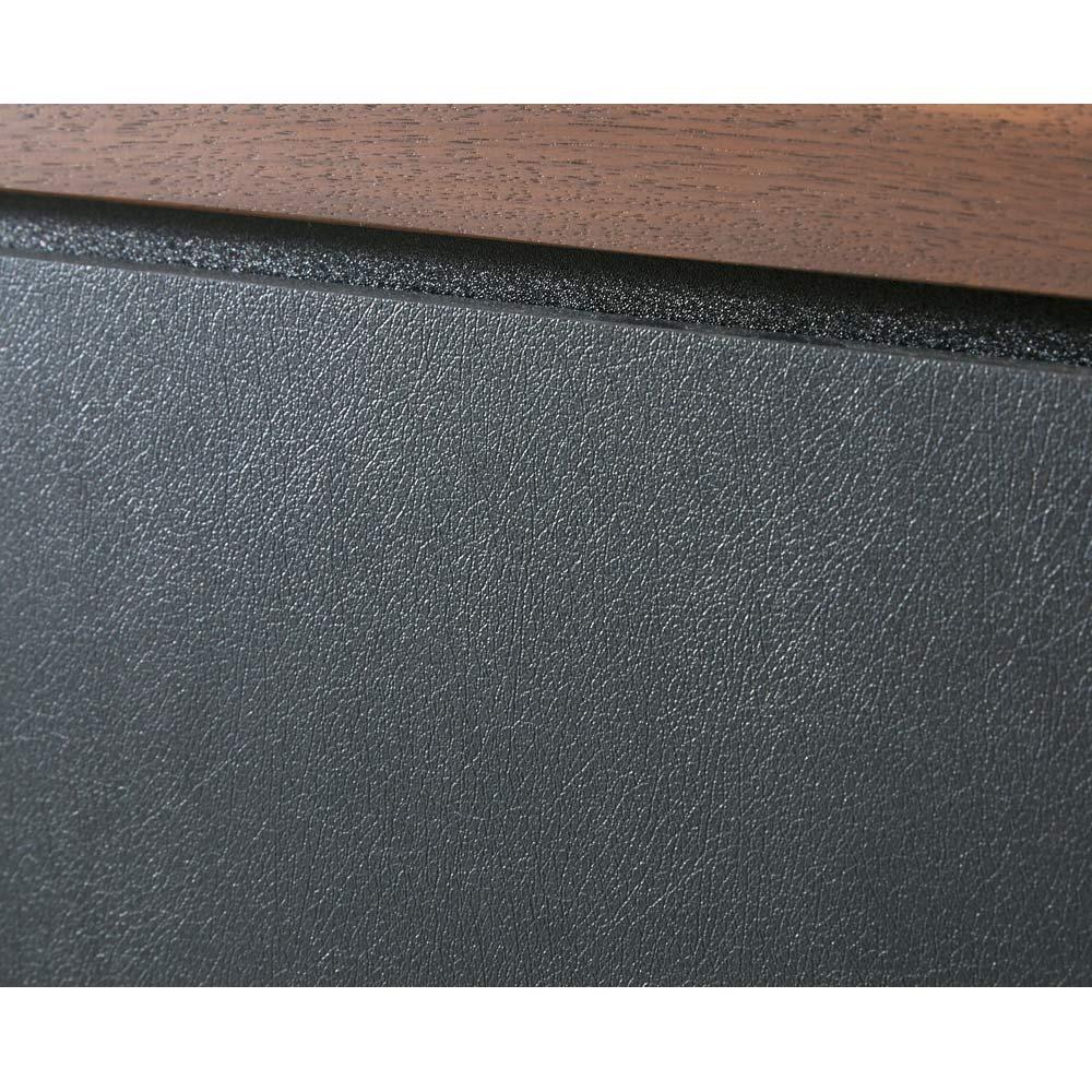 AlusStyle/アルススタイル  リビングシリーズ サイドボード 幅80.5cm 前面にはブラックのレザー調の表面材を使用。