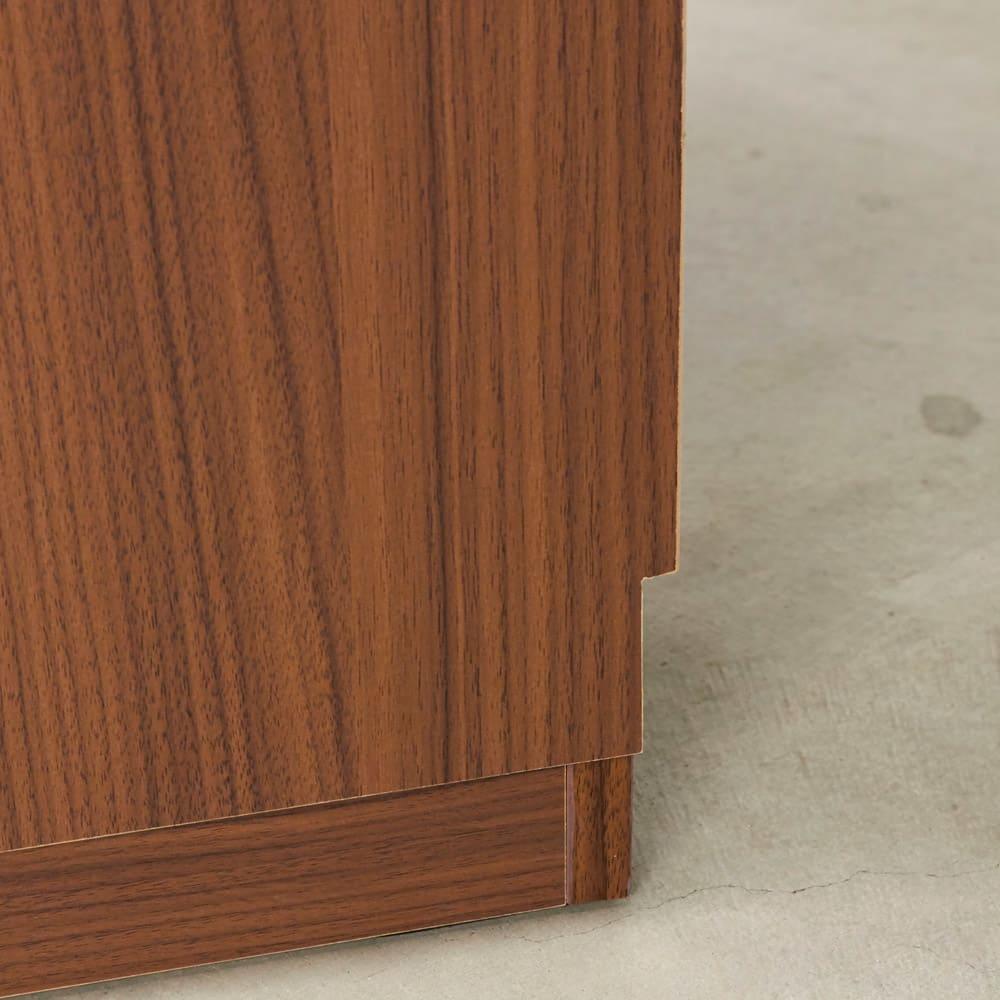 AlusStyle/アルススタイル リビングシリーズ ドレッサー 幅65.5cm 背面は幅木カット仕様で壁にぴったり設置可能です。