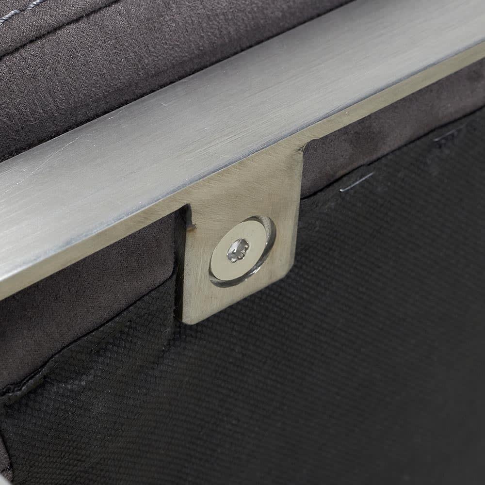 Grazol/グラツォール オットマン 幅67cm ソファ座面はステレンスで留めてあります。