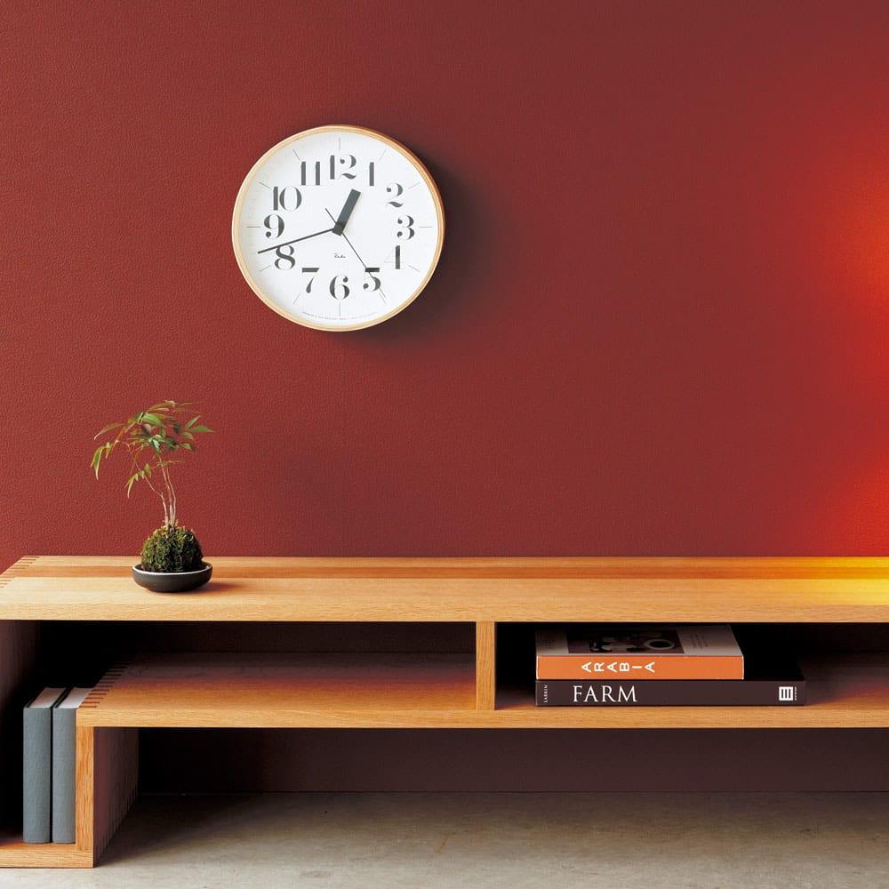 RIKI CLOCK/リキクロック 電波時計 径25.4cm[デザイン:渡辺力] [使用イメージ]セリフ体