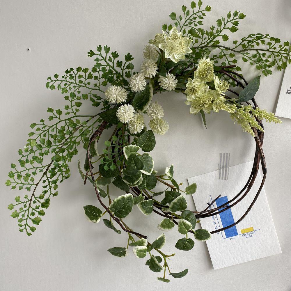 ピンで飾れる スリムグリーン お得な2個組