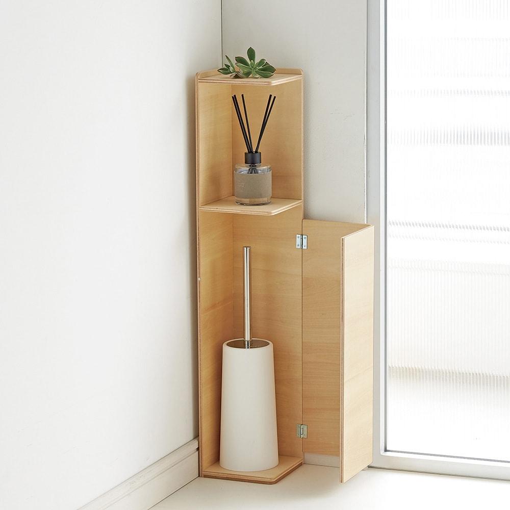 省スペースでおしゃれに収納をプラス! トイレ コーナースリム収納庫 トイレブラシの収納も可能です。(内寸をご確認ください)