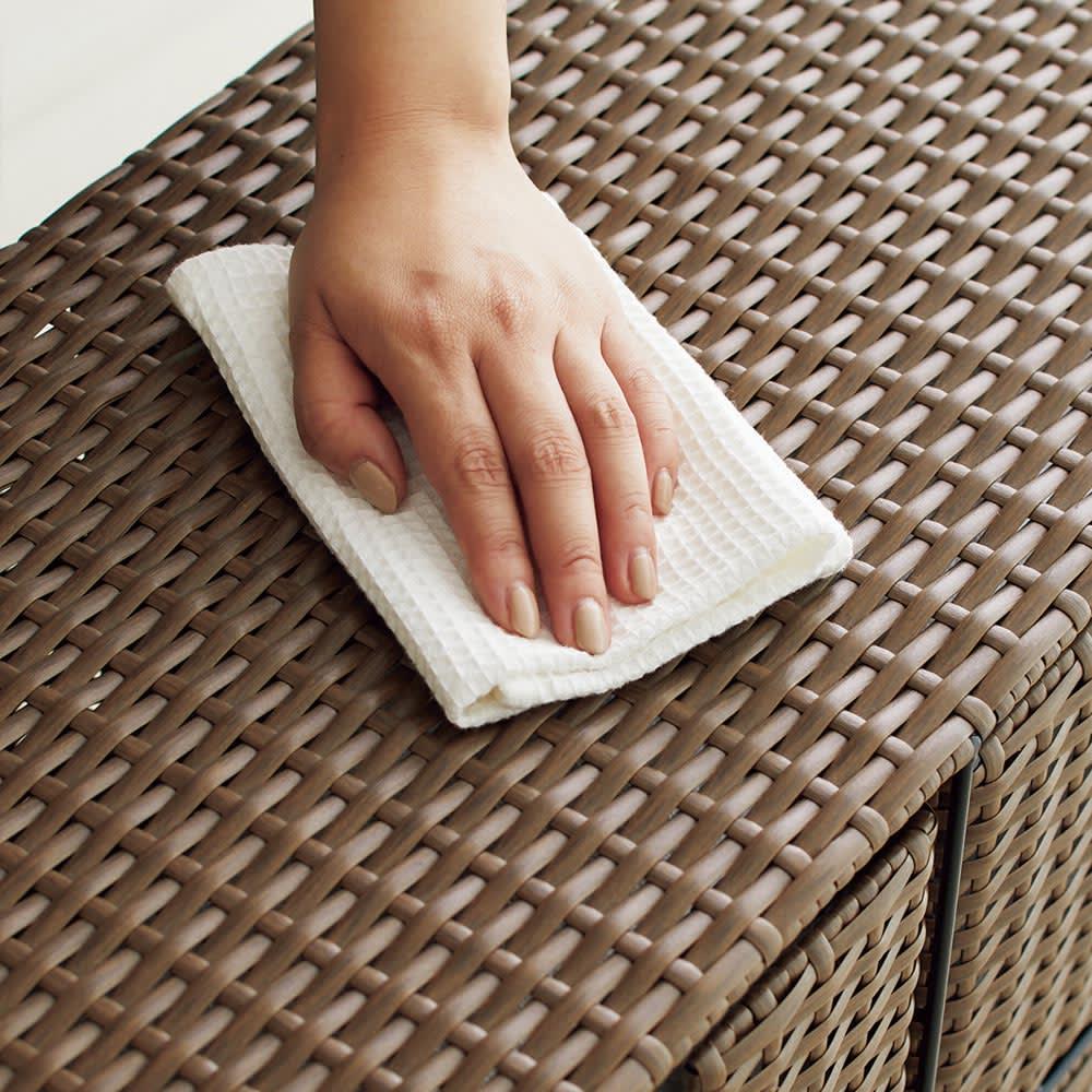 Nelia/ネリア ラタン調サニタリーチェスト4段 水濡れや汚れに強い樹脂製です。