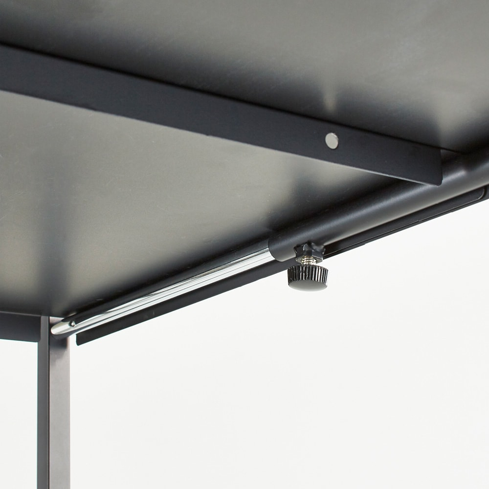 Hanji/ハンジ 格子ランドリー 棚3 スチール製の棚板でしっかりと支えます。