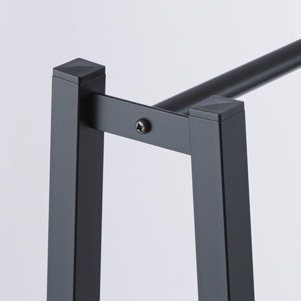 ヴィンテージ調 スリム Aライン ハンガー 幅80cm 丈夫な角パイプは、高級感のある艶消し塗装。