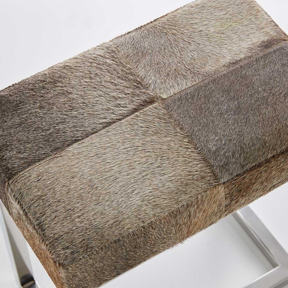 色柄お任せ天然毛皮スツール 毛皮のお色の一例です。天然素材のため色柄はお任せとなります。