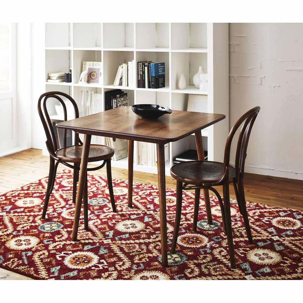 アンティーク風テーパーダイニングテーブル 正方形テーブル幅80cm×80cm[チェコTON社製] ミヒャエルトーネット・デザインのNO18チェアとのコーディネート例