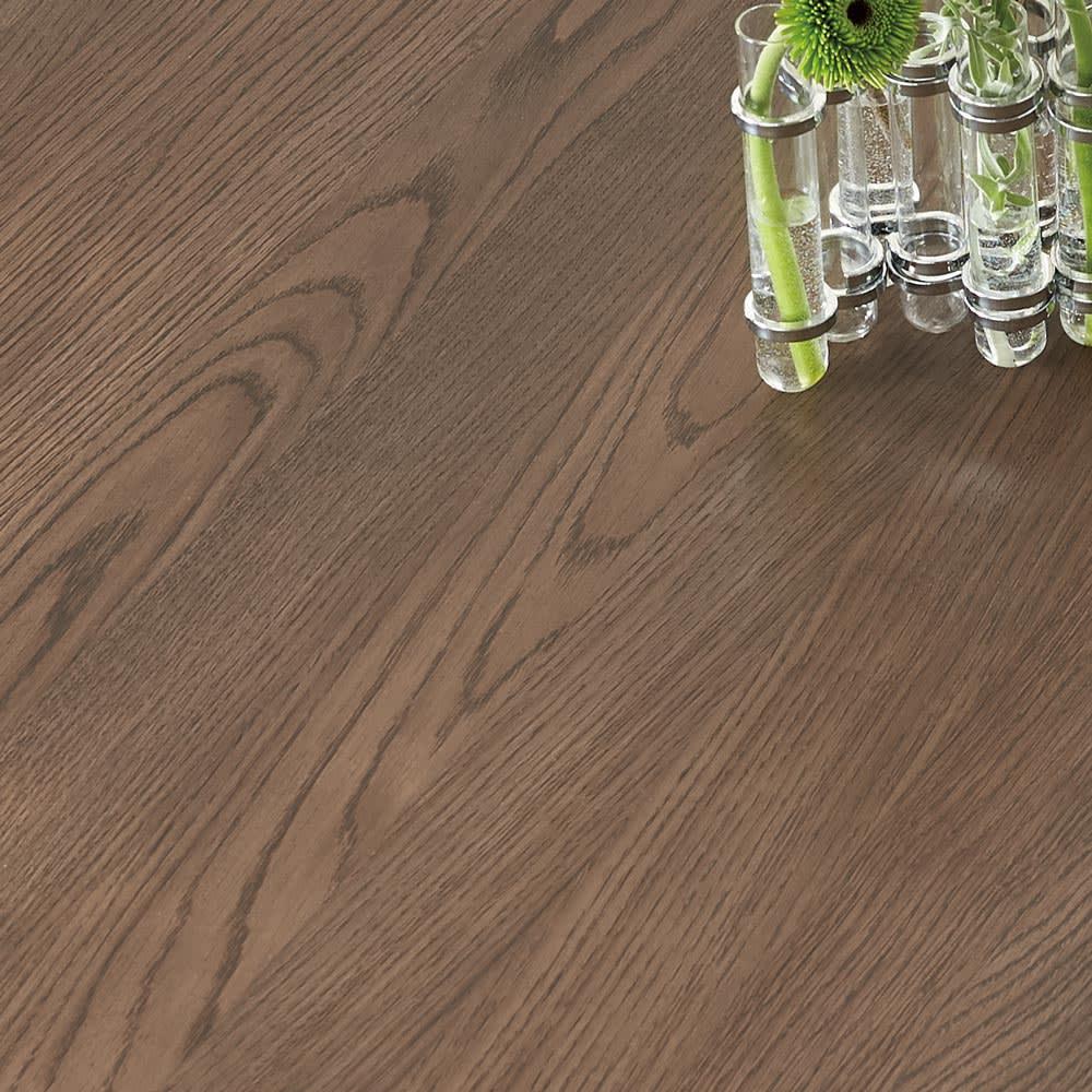 Grigia/グリージア 収納庫付き ダイニングシリーズ 幅170 天板は木目を生かした仕上げに。グレージュなど薄い色の壁や床材に合わせやすい配色になっています。