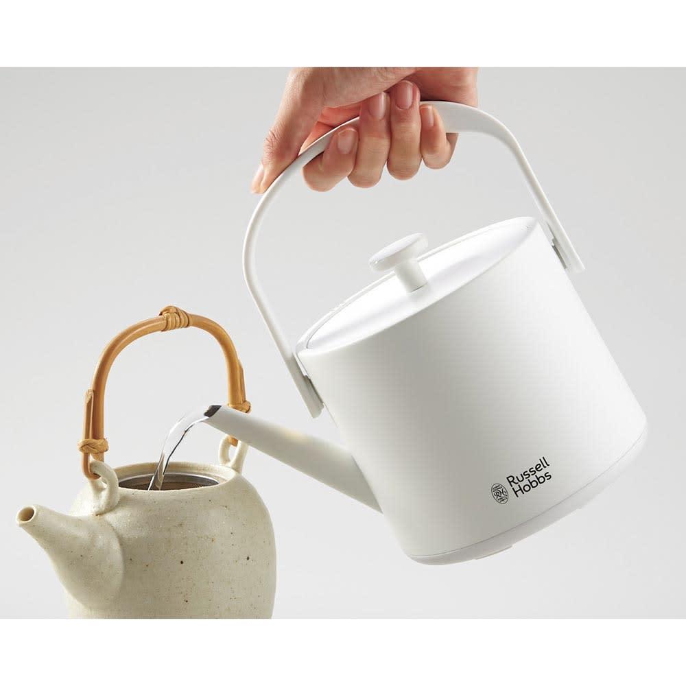 Russell Hobbs/ラッセルホブス Tケトル 湯量の調節がしやすい細めの注ぎ口。