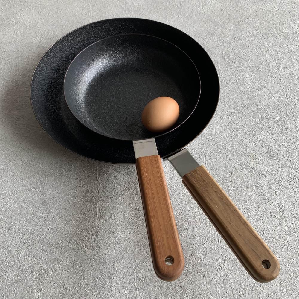 ambai/アンバイ 玉子焼 丸型2種比較