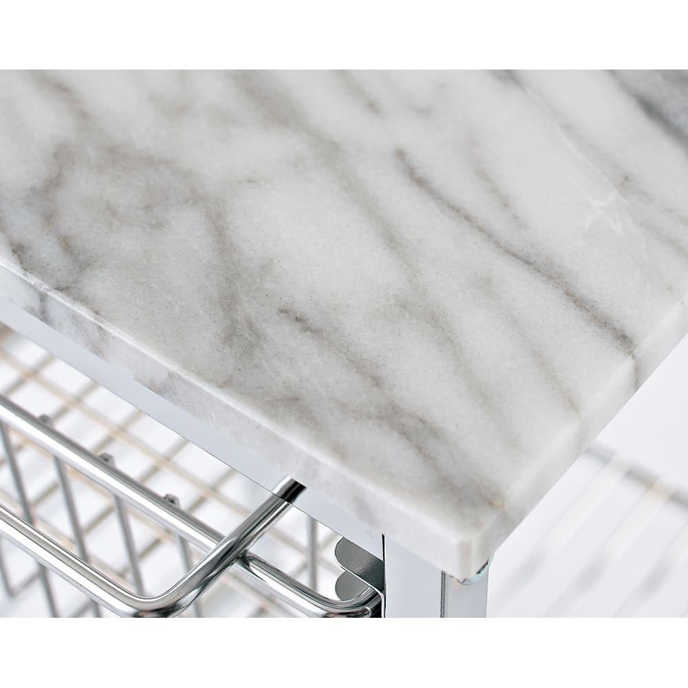 キャスター付き マーブルトップトローリー L(幅60cm) マーブル天板 美しい天然大理石の天板には熱いものを直接置くことができます。