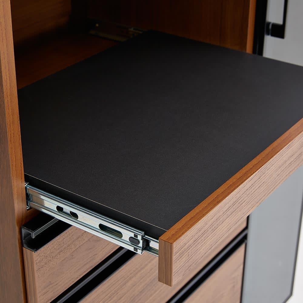 Torerant/トレラント コンパクトレンジカウンター 幅89.5cm・家電収納1段(高さ115cm) ダークブラウンのスライドテーブルはブラックでシックな装い。