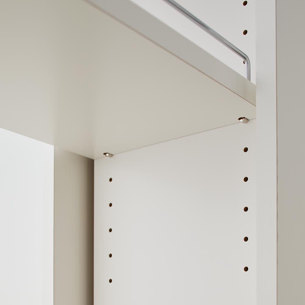 Helmila/ヘルミラ キッチンすき間収納庫(ボックス付き) 幅30cm奥行57cm高さ180cm 棚板は3cm間隔で調整が可能です。収納物に合わせて随時設定を変更可能です。