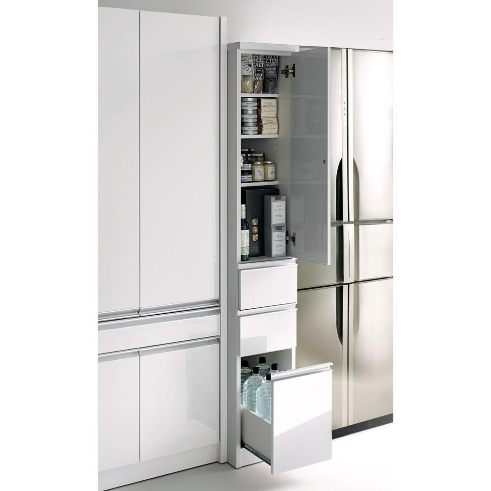 Anya/アーニャ キッチンすき間収納 ハイタイプ(引き出し3段) 幅25cm奥行45cm高さ178cm ※写真は幅25奥行55cmタイプです。