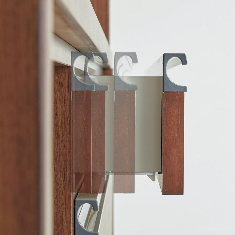 Rhone/ローヌ キッチンシリーズ オープンボード 幅120.5cm 1・2段目には独ヘティヒ社製ソフトクロージングレールを採用しました。