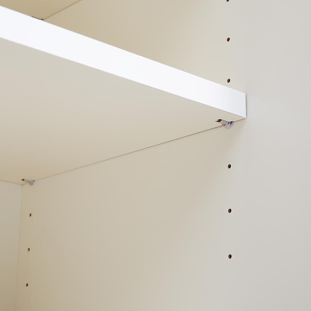 Boulder/ボルダー 石目調天板キャスター付きカウンター 幅140cm 扉内の棚板は3cmピッチで高さ調節できます。