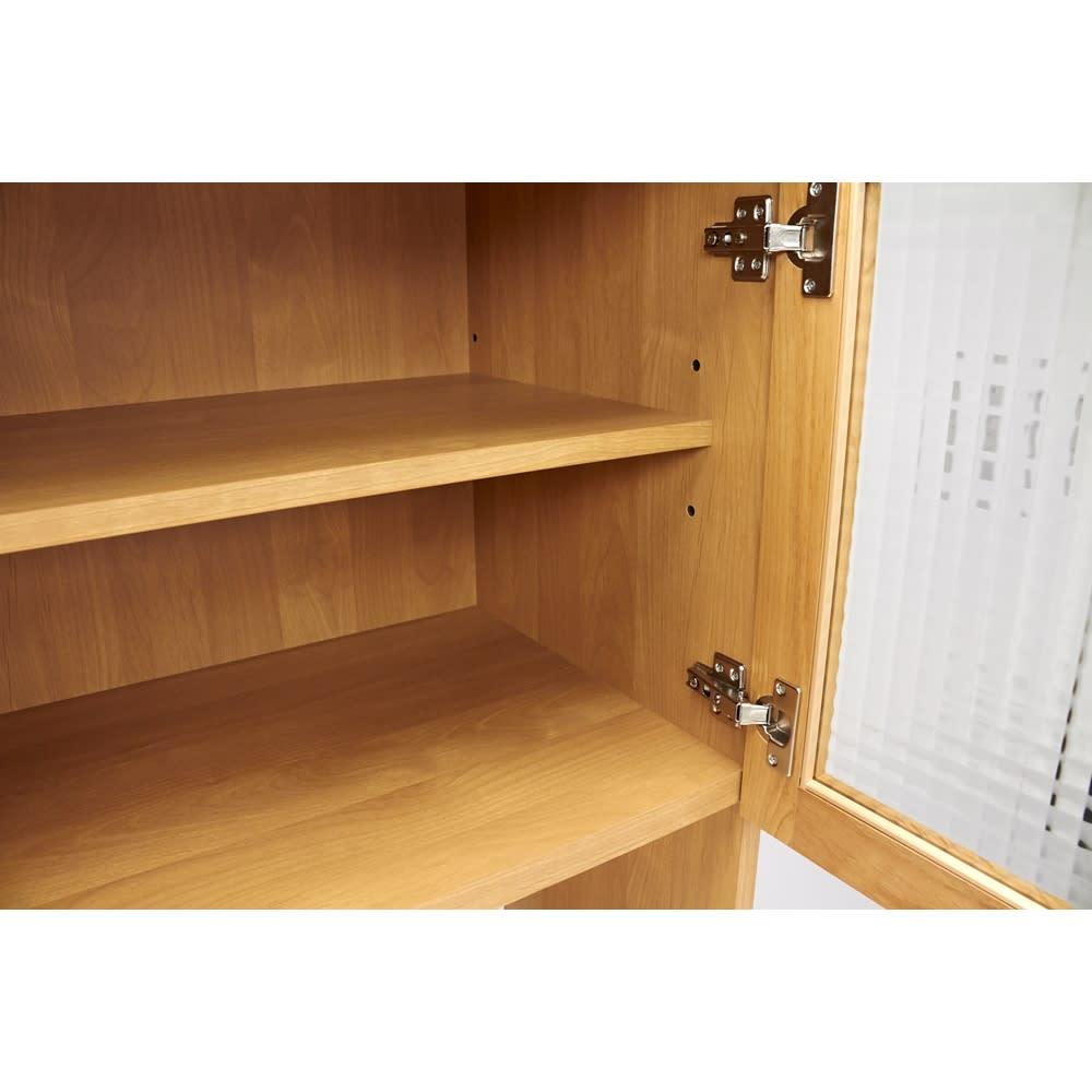 Pippi/ピッピ アルダー材コンパクトキッチン キッチンボード 幅100.5cm 棚板は可動式で収納物に合わせて調節が可能。空間を有効活用できる強い味方です。