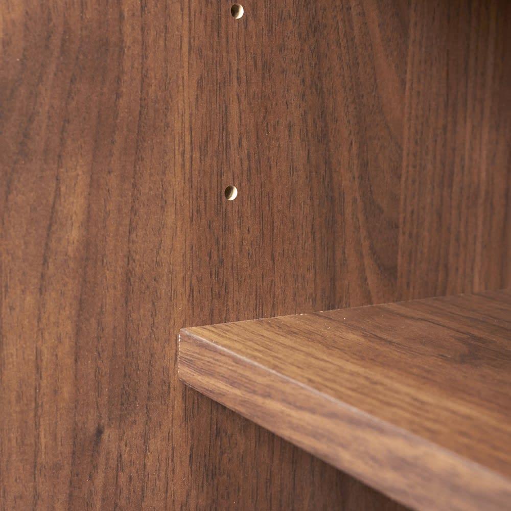 Pippi/ピッピ カウンター下収納庫 引き戸 幅150奥行32cm 棚板は可動式で収納物に合わせて細かく調整が可能です。