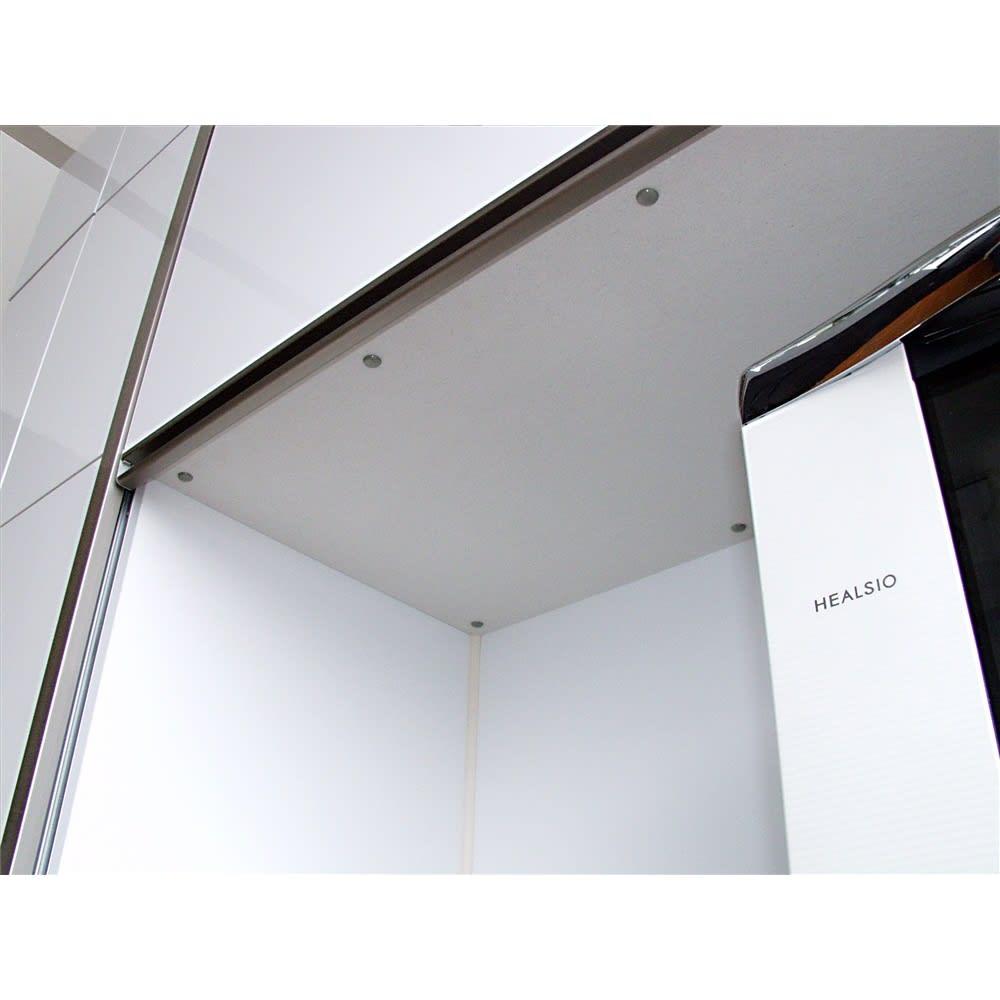 Maquina/マキナ ダイニングボード・キッチンボード 幅107cm オープン部の天井にはモイスを採用。家電から発生する蒸気に強く調湿機能にも優れています。大型オーブンレンジにも対応。