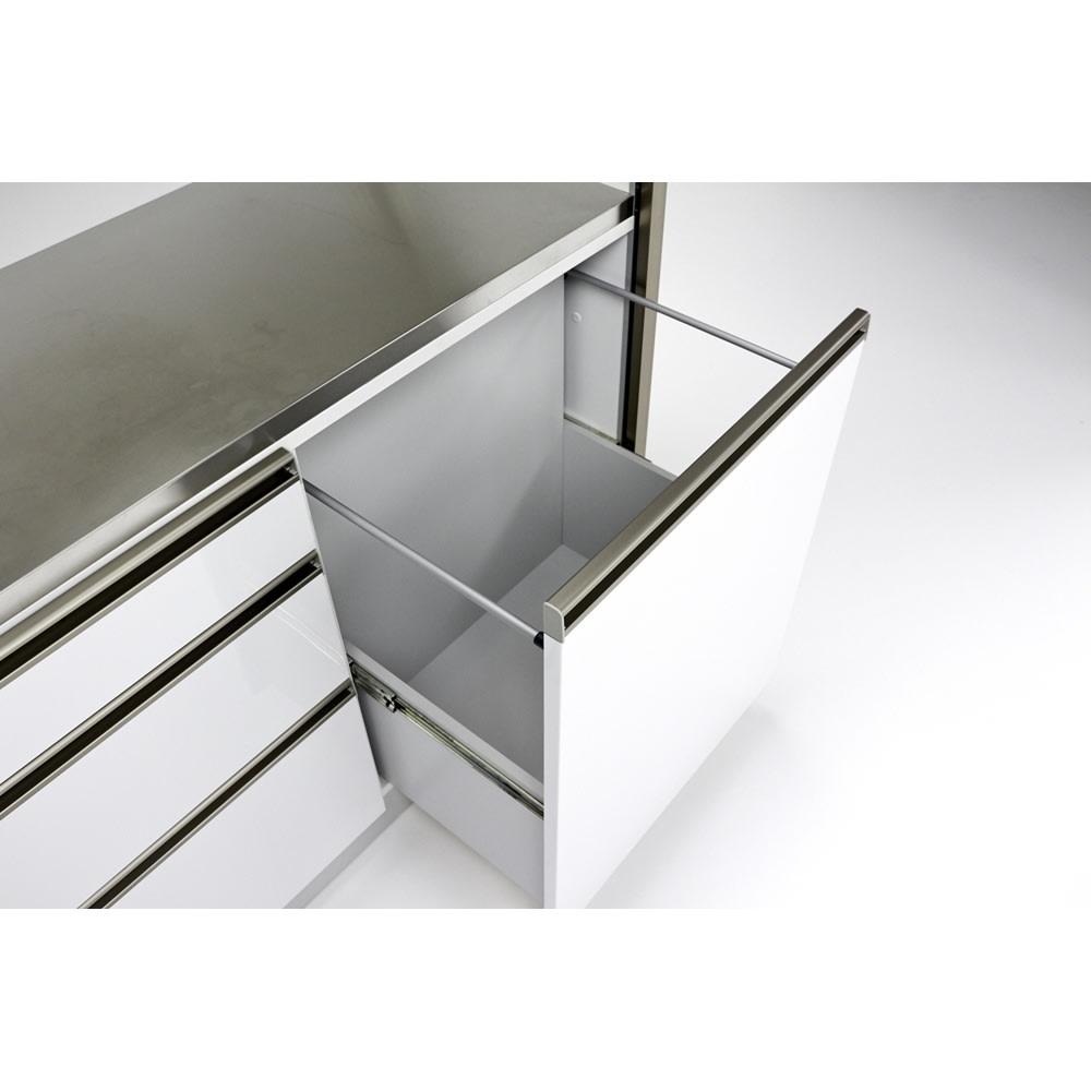 Maquina/マキナ ダストダイニングボード・キッチンボード 幅127cm ダストボックス用の大きな引き出しも内部化粧仕上げ。汚してしまっても拭き掃除がしやすく安心です。