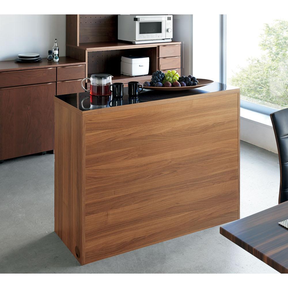Granite/グラニト アイランド間仕切りキッチンカウンター幅90cm 家電収納付き 背面は作りつけのように美しい間仕切り仕上げ。リフォームするようにキッチンとダイニングを仕切ります。※写真は幅120cmタイプです。