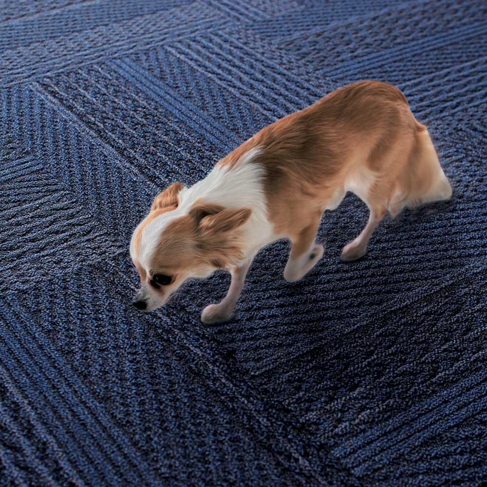 ニット柄タイルマット 足音を軽減 ペットや子どもの気になる音を吸収して緩和。