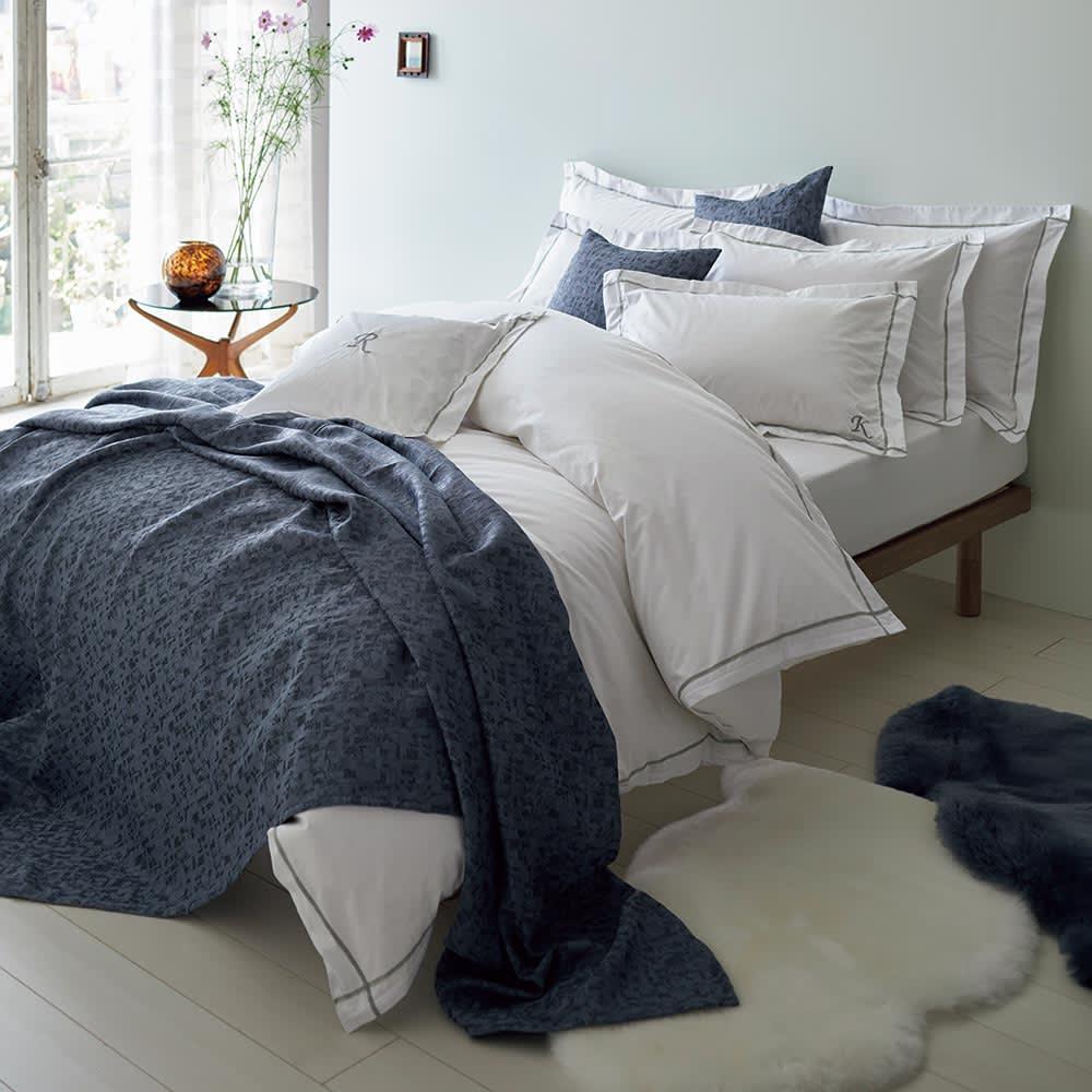 ホテル仕様超長綿サテンカバーリング Ciel/シエル ピローケース(同色2枚組) [コーディネート例]ライトグレー ※お届けはピローケースです。