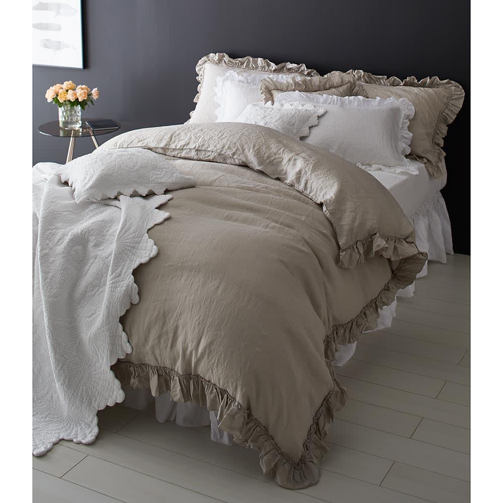 FrenchLinen/フレンチリネン フリルカバーリング ベッドスカート フリーサイズ コーディネート例 ホワイト ベッドスカート