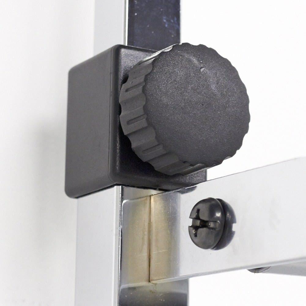 Shinevarie(シャインバリエ) クローゼットシリーズ クローゼットダブル 幅150cm~250cm 突っ張りのパイプを締めるのも回すだけで固定できます。
