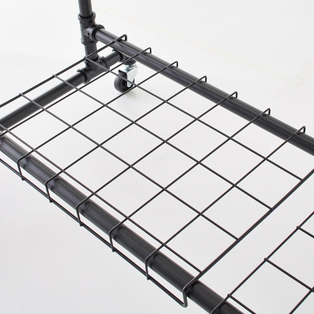 Havoc/ハボック ストロングハンガー ダブル 幅121cm バッグや靴の収納に便利な棚付き。
