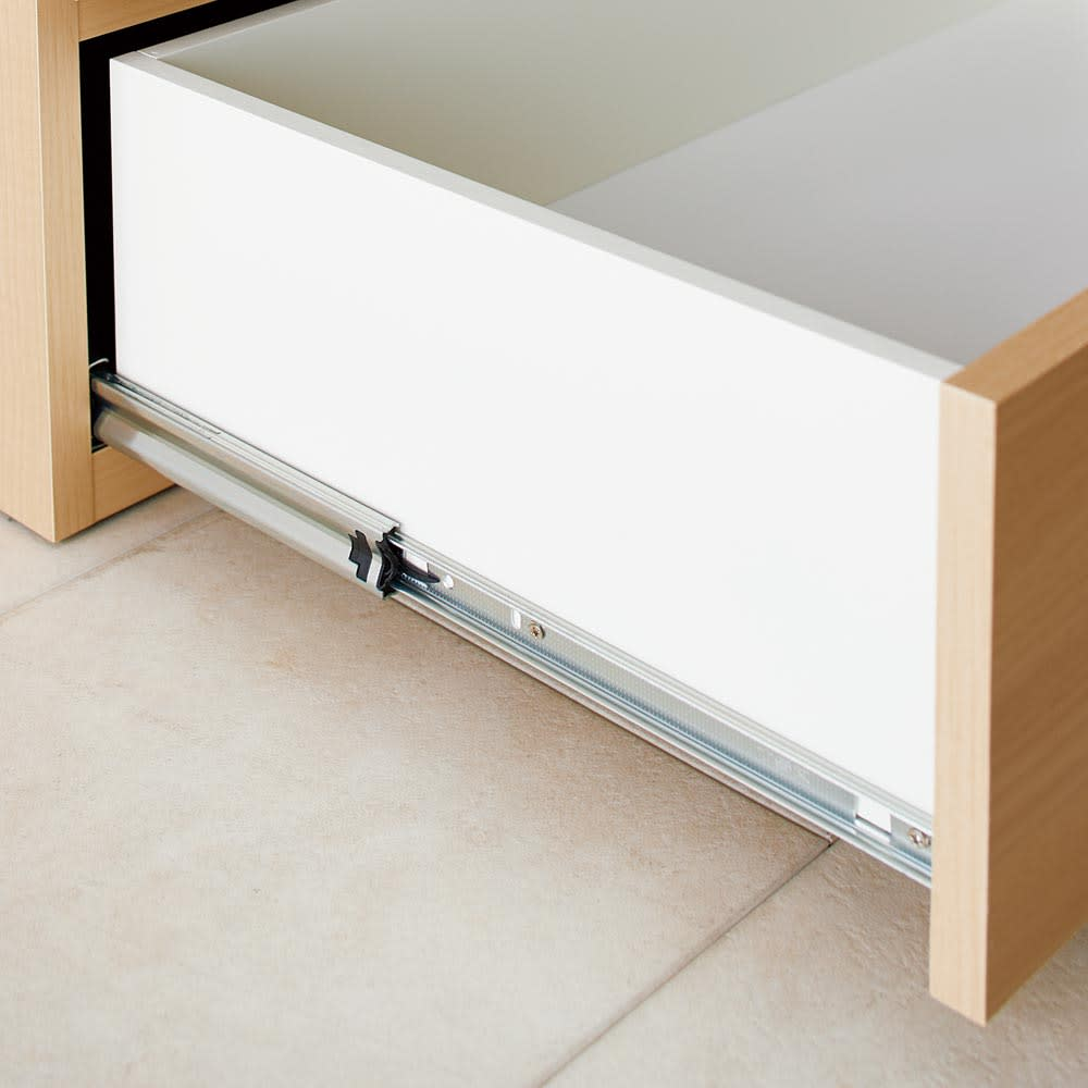klaren/クラーレン LED付きギャラリー クローゼット ハンガー&引き出し 幅60.5cm 引き出しはフルスライドレール付きで奥までなめらかに開閉。