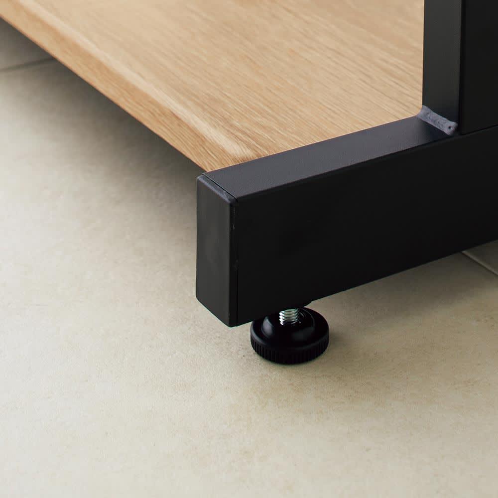 HS Brooklyn/エイチエスブルックリン 上下棚付頑丈ハンガー ダブル 幅120 動かさない場合はアジャスターをお使いください。脚部アジャスターは1.5cmの高さ調整が可能です。