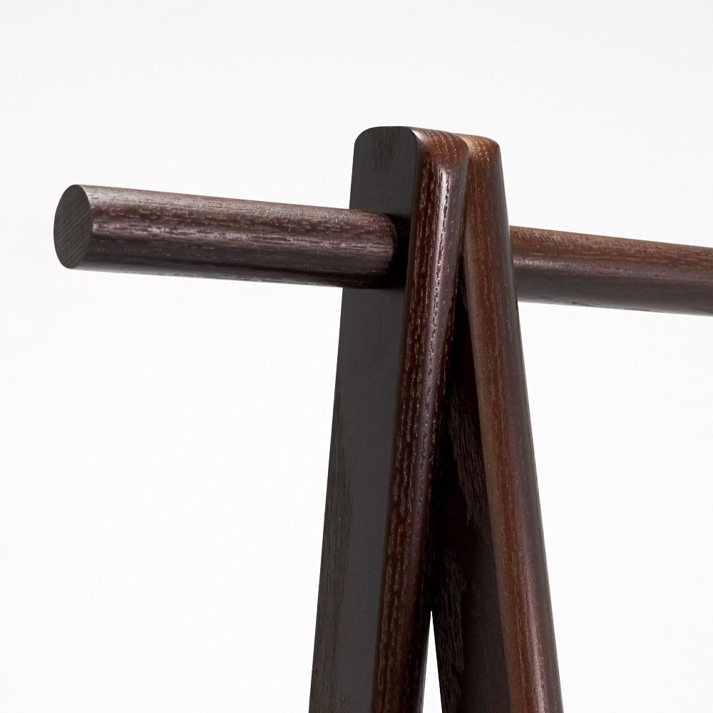 Incery(インサリー) 天然木製ハンガーラック 幅80cm ダークブラウン 帰宅時のコート掛けに便利なサイドのバー。