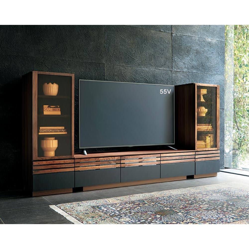 AlusStyle/アルススタイル リビングシリーズ テレビ台 幅150.5cm シリーズのサイドキャビネットとのコーディネート例