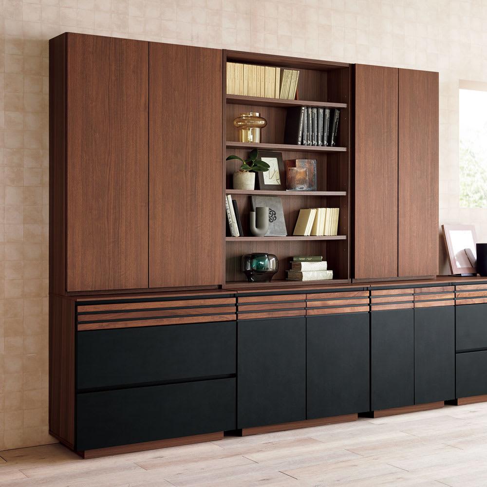 AlusStyle/アルススタイル シェルフシリーズ 上台:オープン&下台:扉 幅60cm高さ192cm たっぷりとした収納力とシックでラグジュアリーなビジュアルを両立。書斎やリビングの主役にふさわしい佇まいです。