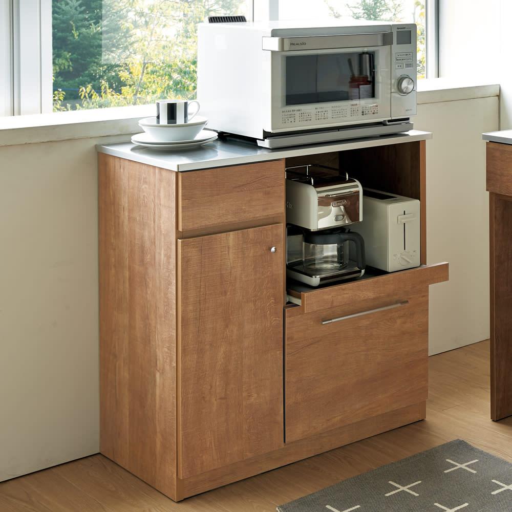Cretty/クレッティ ステンレス天板 ナチュラルモダンキッチン収納 カウンター幅80cm 木目調とステンレスの組み合わせがモダンなキッチンカウンター。キッチン周りをすっきりと収納できます。
