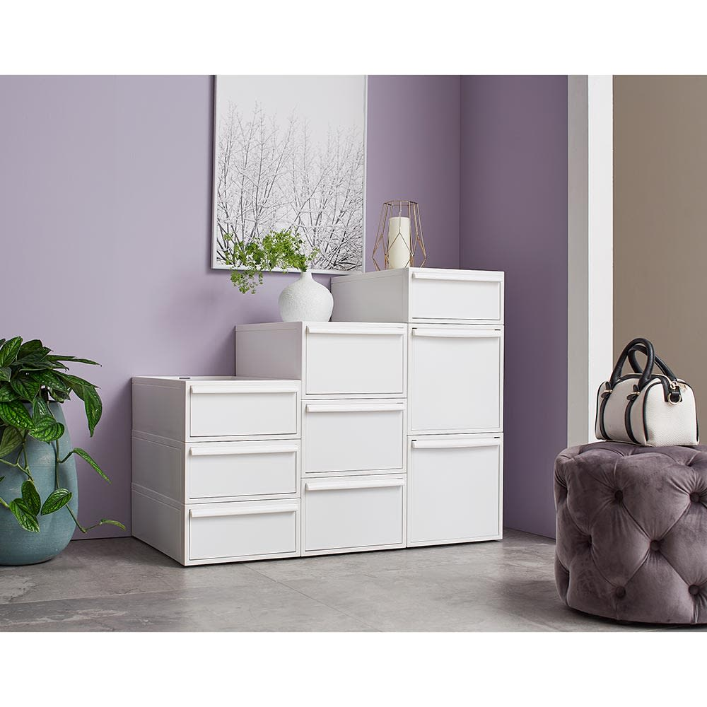 Carre/カレ ホワイトシステム衣類収納 積み重ね方次第で用途やデザインも自由自在。