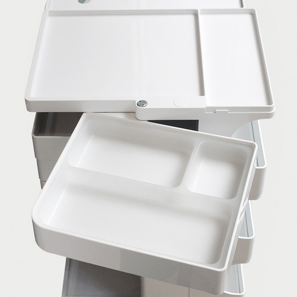 Boby Wagon/ボビーワゴン ホワイト・ブラックタイプ[B-LINE・ビーライン/デザイン:ジョエ・コロンボ] 小分けに便利な専用のインナートレイが1枚付属します。