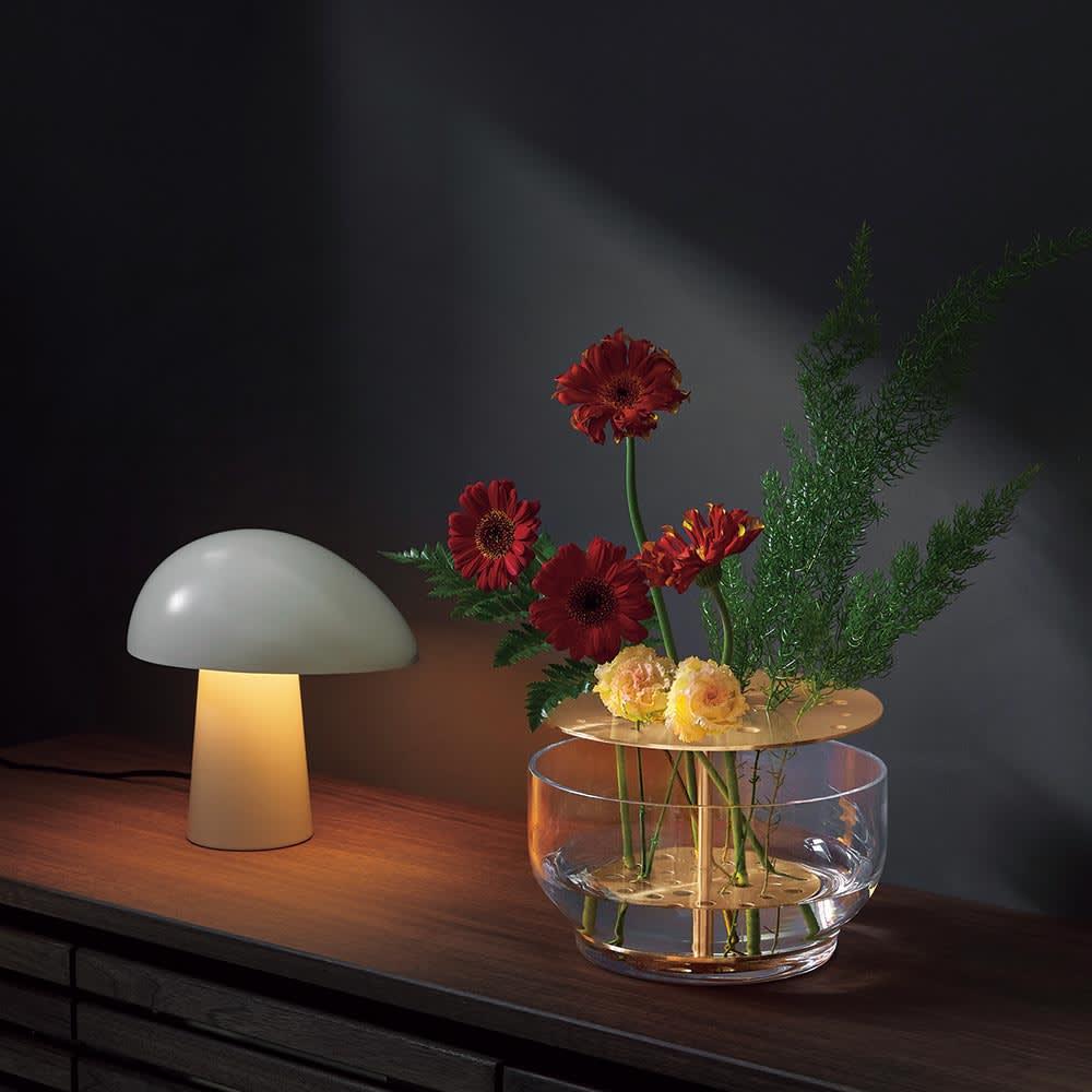 テーブルランプNIGHT OWL/ナイトオウル[Fritz Hansen・フリッツ・ハンセン/デザイン:ニコライ・ウィグ・ハンセン]