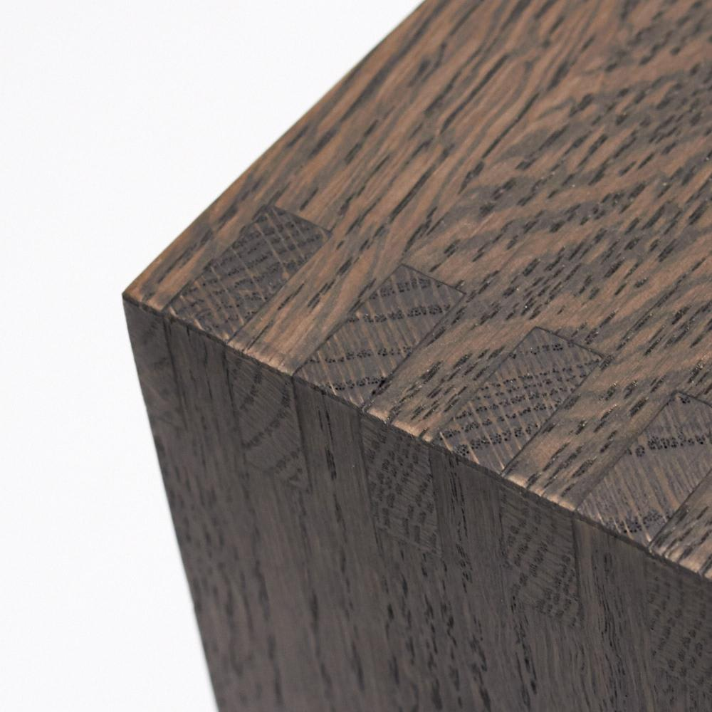 SHOJI/ショージ オケージョナルテーブル 幅116cm高さ72cm リビングテーブル/サイドテーブル[abode・アボード/デザイン:ウー・バホリヨディン] ダークブラウンも、木目が見えるオイル塗装仕上げです