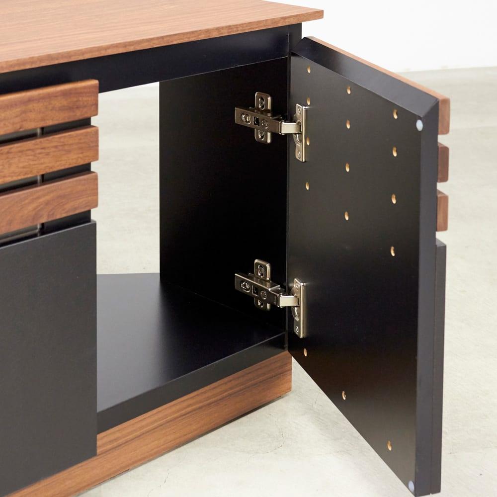 AlusStyle/アルススタイル  リビングシリーズ バックパネル付きコーナーテレビ台 幅119.5cm 両サイドには扉収納付き。モデルやルーター、CD、DVD収納に役立ちます。