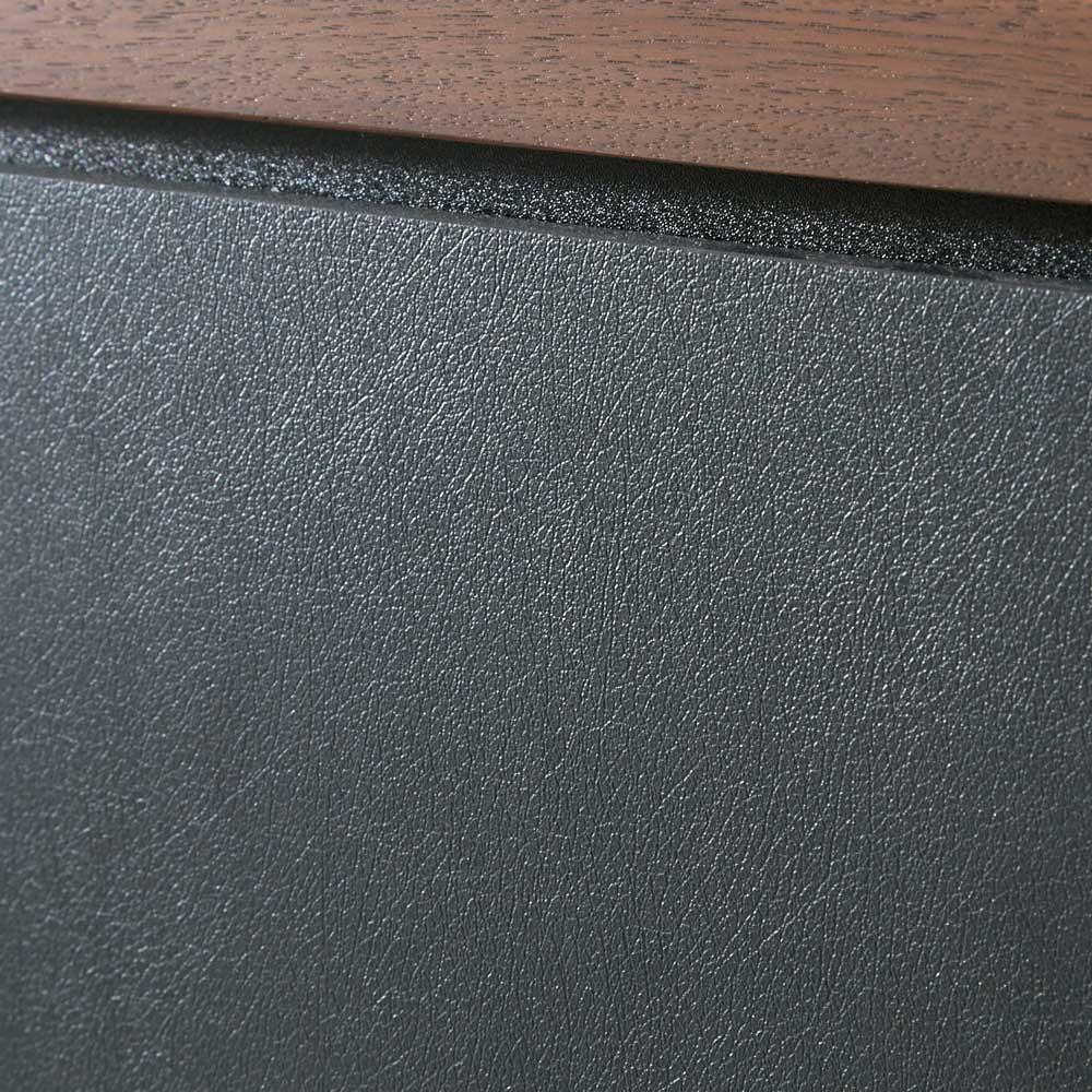 AlusStyle/アルススタイル  リビングシリーズ バックパネル付きコーナーテレビ台 幅119.5cm 前面にはブラックのレザー調の表面材を使用。